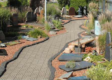 Grafsteen voorbeelden showtuin met 600 grafmonumenten - Voorbeeld van tuin ...