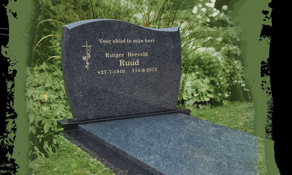 Een staande grafsteen de letterplaat van een grafmonument - Eigentijds tuinmodel ...