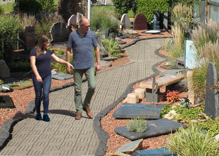 grafmonumenten inspiratie en voorbeelden tuin