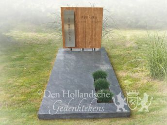 Grafmonument houten letterplaat