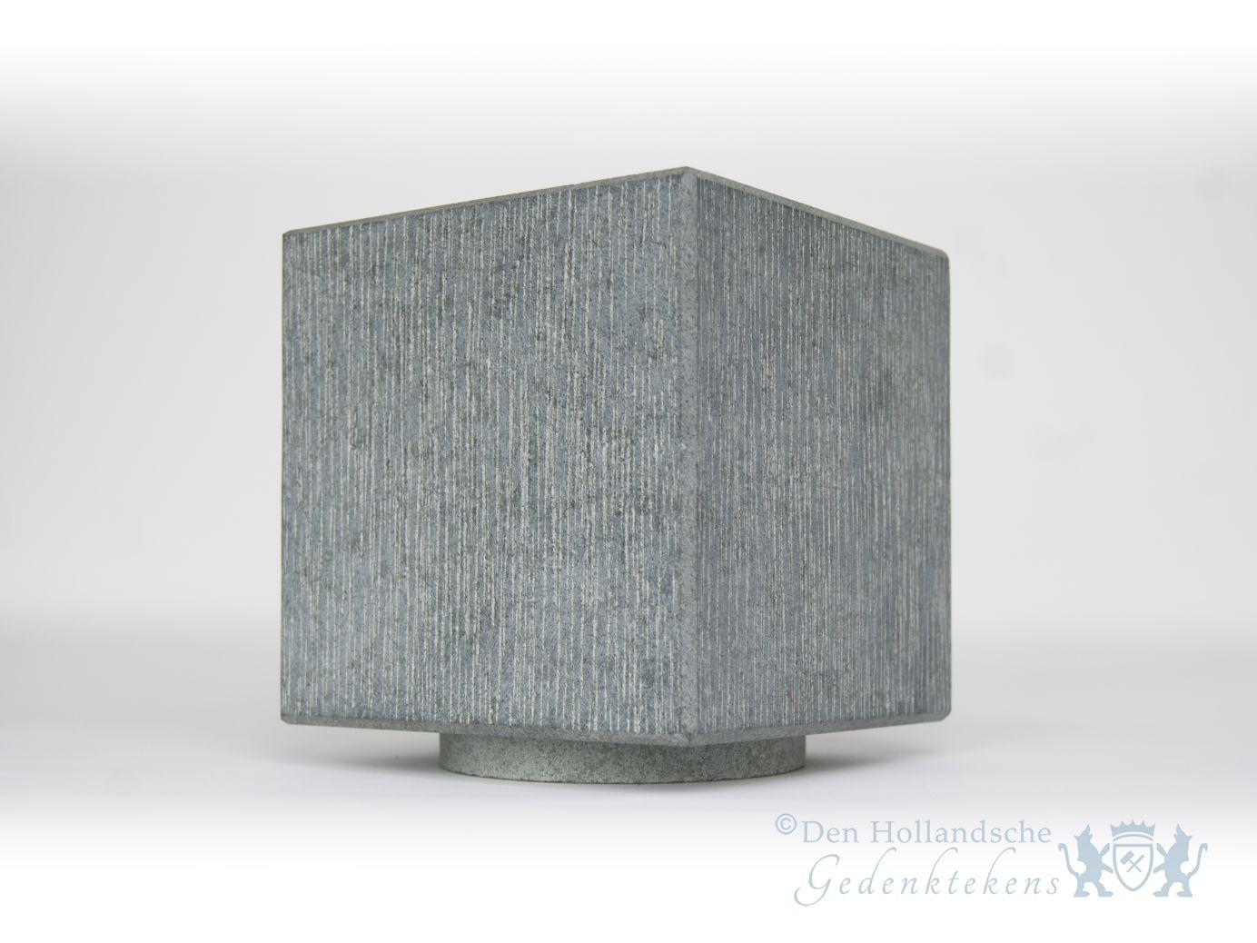 Atos urn natuursteen verde amaridis den hollandsche gedenktekens